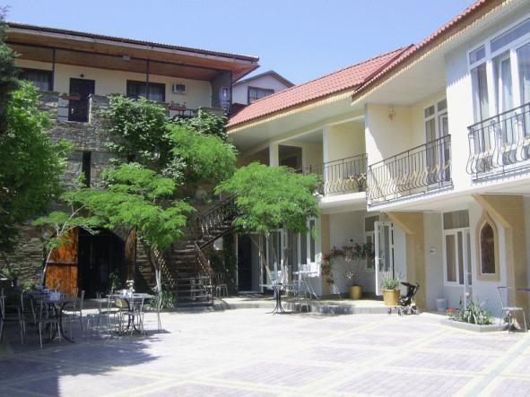 внутренний двор - Гостиница Измир