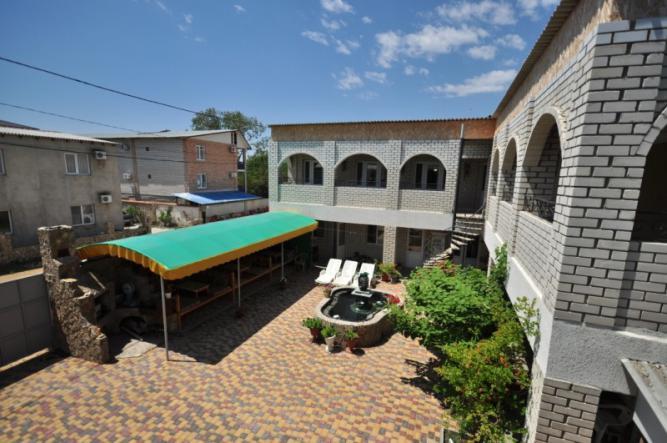 внутренний дворик - В гостях у Наримана