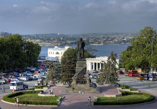 площадь Нахимова Севастополь - Весь Крым за один день