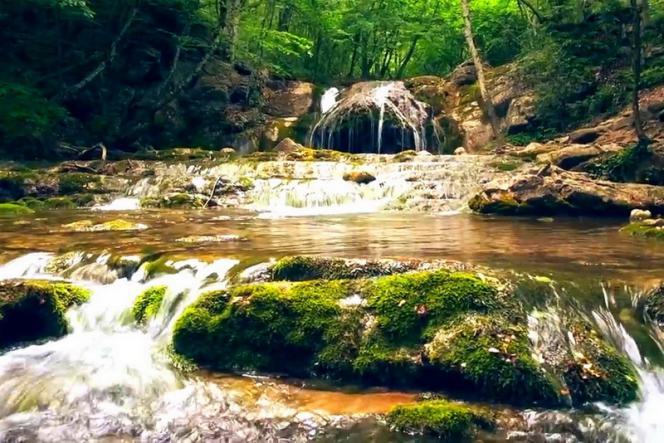 крымские водопады - Водопад  Джур-Джур + ванны и каскады реки Арпат