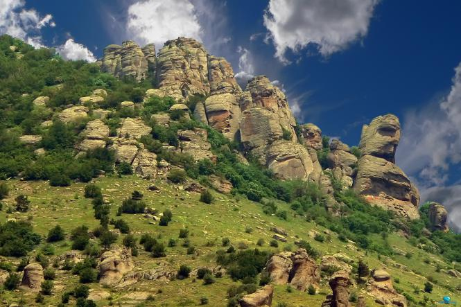 долина приведений - Гора Демерджи + водопад Джур-Джур