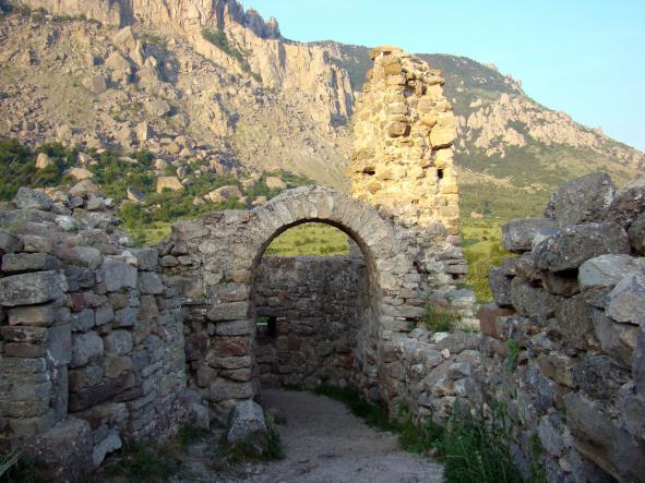 крепость Фуна - Гора Демерджи + водопад Джур-Джур