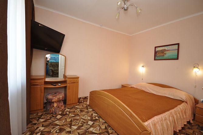 2-х комнатный номер - гостиница Сурож